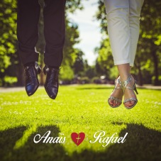 Jump photo for wedding session